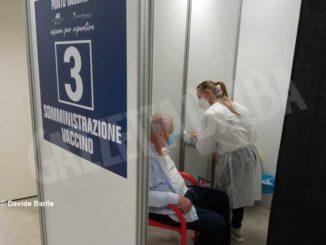 Vaccini: da oggi è attivo il centro allestito all'Aca di Alba 4