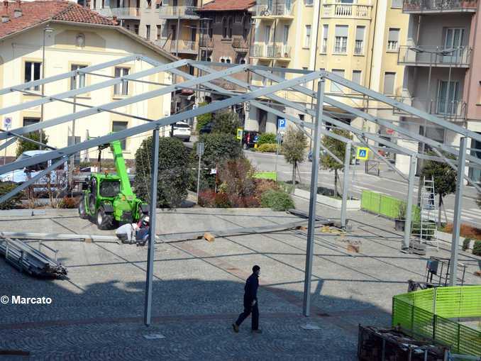 alba allestimento tendone piazza san paolo4139