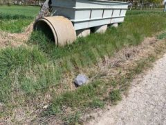Nelle campagne tra Bra e Pollenzo buche e rifiuti la fanno da padroni 1