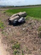 Nelle campagne tra Bra e Pollenzo buche e rifiuti la fanno da padroni 13