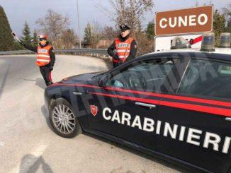 Vendeva eroina a un acquirente: i Carabinieri lo arrestano in flagranza