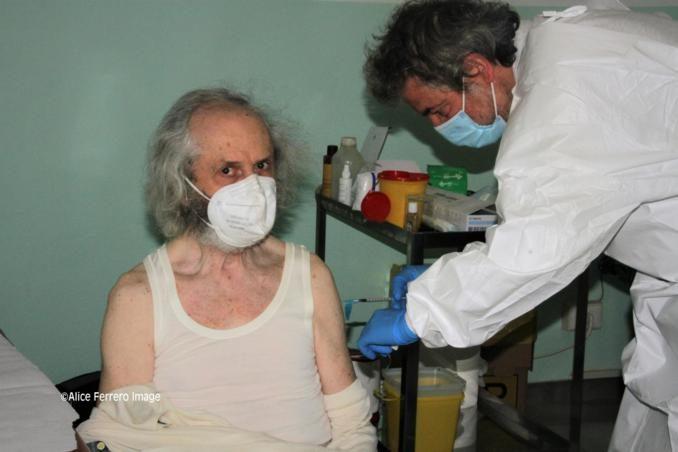 """Monchiero aderisce al progetto """"Mercoledì vaccinale – con punto mobile periferico"""" dell'Asl Cn2 (FOTO e VIDEO-INTREVISTE) 9"""
