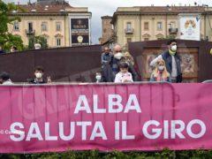 Taco Van Der Hoorn vince la tappa 3 del Giro d'Italia, Filippo Ganna ancora in Maglia Rosa