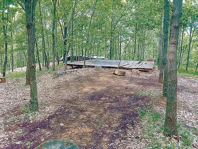 Baldissero palco nei boschi
