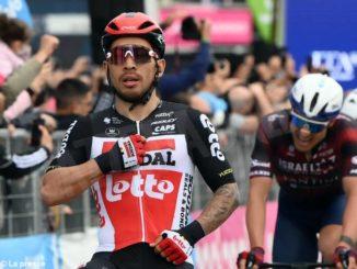 Al Giro d'Italia Ewan fa il bis. Sobrero arriva nelle retrovie. Rosa sessantesimo a Maiorca