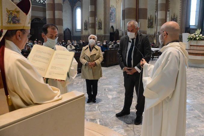 Il Vescovo apre l'Anno della famiglia e accoglie un aspirante al diaconato 8