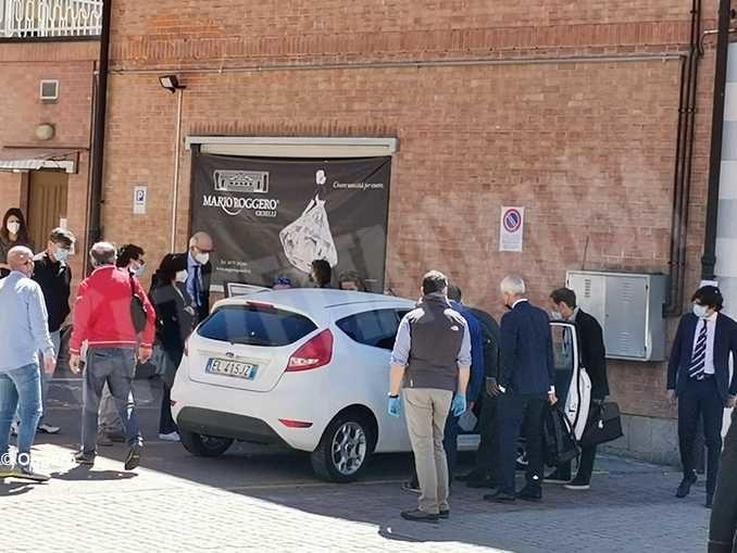 Rapina del Gallo: l'auto dei rapinatori è tornata sulla scena del crimine 1
