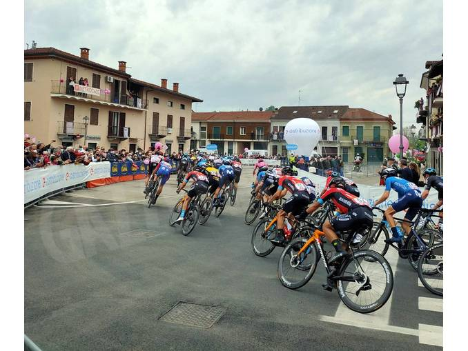 Giro a Canale