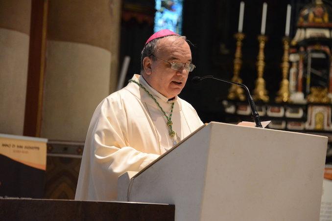 Il vescovo apre l'Anno della famiglia  e accoglie un aspirante al diaconato 2