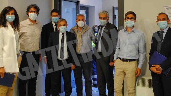 La minoranza albese in visita al centro vaccinale dell'Aca