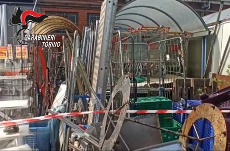 Moncalieri- area adibita ad illecito stoccaggio di rifiuti