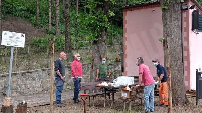 Protezione civile di Dogliani impegnata al parco Robinson