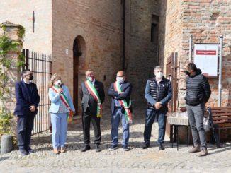 Tre torri tra Langhe e Monferrato: da Castagnole delle Lanze a Barbaresco, passando per Neive