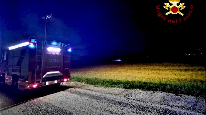 Incendio lungo la tangenziale in località Carretti, intervengono i Vigili del fuoco di Asti