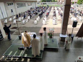 Ieri le prime comunioni per 29 ragazzi ai Salesiani di Bra 1