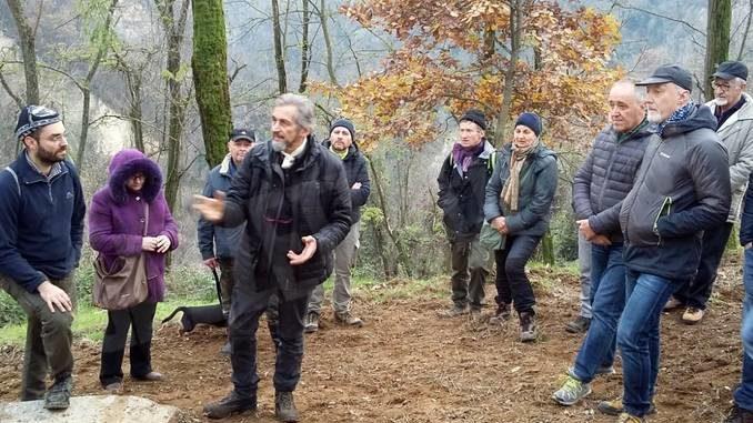 Canale ecologia compra 60mila metri di bosco per difendere i castagni 2