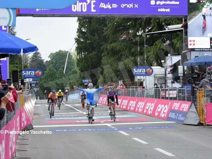 Giro d'Italia: i preparativi a Canale 1