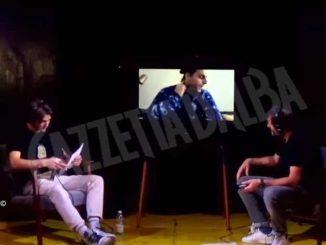 Aldo Cazzullo e il rapper Ernia in un evento che ha riunito tutte le scuole superiori