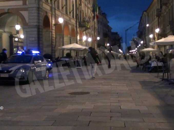 polizia Cuneo via Roma