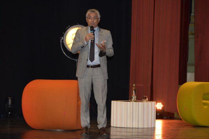 Alba: il sindaco Carlo Bo, insieme ai primi cittadini di Langhe e Roero, ha incontrato al castello di Grinzane Cavour il Ministro per gli Affari regionali e le Autonomie Mariastella Gelmini, ospite dell'assemblea annuale di Confindustria Cuneo 7