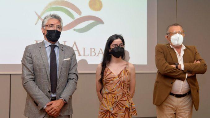 Alba: il sindaco Carlo Bo, insieme ai primi cittadini di Langhe e Roero, ha incontrato al castello di Grinzane Cavour il Ministro per gli Affari regionali e le Autonomie Mariastella Gelmini, ospite dell'assemblea annuale di Confindustria Cuneo 4