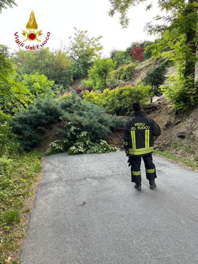 Frana a Nizza Monferrato: sul posto anche l'unità cinofila dei Vigili del fuoco 1