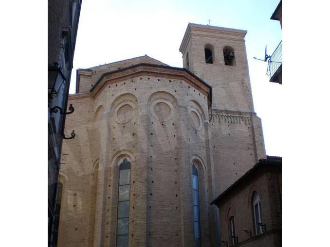 Il Rosario contro la pandemia dalla basilica marchigiana di Osimo