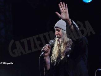 Patti Smith, la sacerdotessa del rock, ad Alba il 10 luglio