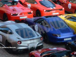 Raduno di Ferrari e Lamborghini ha fatto tappa ad Alba