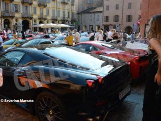 Raduno di Ferrari e Lamborghini ha fatto tappa ad Alba 3