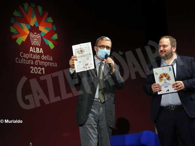 Abitare il piemontese di Paolo Tibaldi arriva sul palco del palaAlba capitale 1