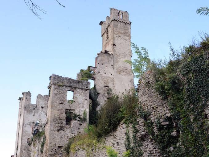 A Gorzegno una lunga estate di arte, spettacoli e pietra di Langa 1