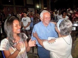 Don Lisa fa 90 anni: i poveri sono la via più corta verso Dio