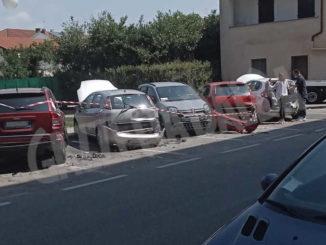 Carambola con l'auto su 7 vetture parcheggiate: ferito un giovane braidese 2