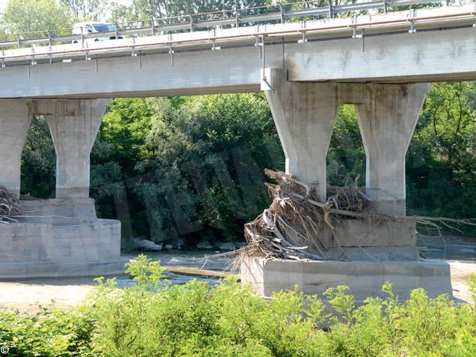 ponte Neive