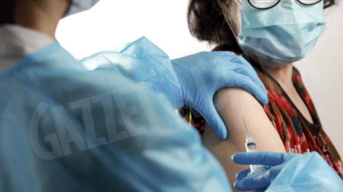 Inoculati 32.643 vaccini contro il Covid oggi in Piemonte per un totale di 2.723.389 dosi 2