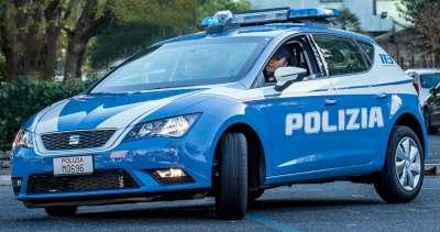 Aggredisce la madre in casa: la Polizia arresta un diciottenne astigiano
