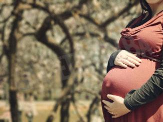Donne in gravidanza, il vaccino s'ha da fare