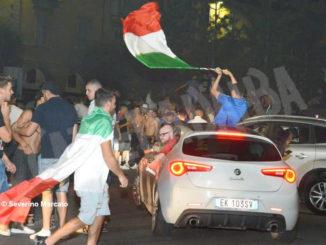 Europei: le immagini e i video dei festeggiamenti ad Alba 1