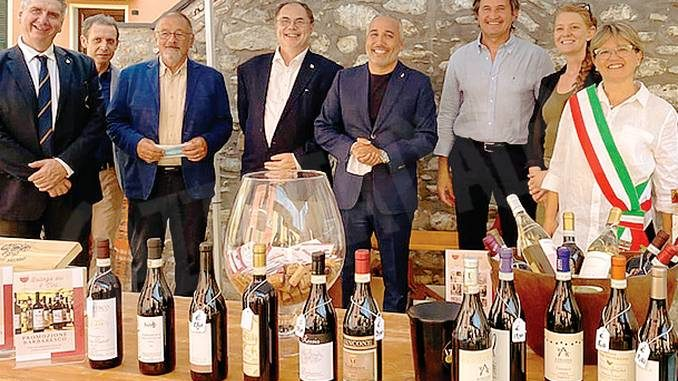 Tra Neive e Diano Castello un gemellaggio sotto il segno di vino, balon e 500