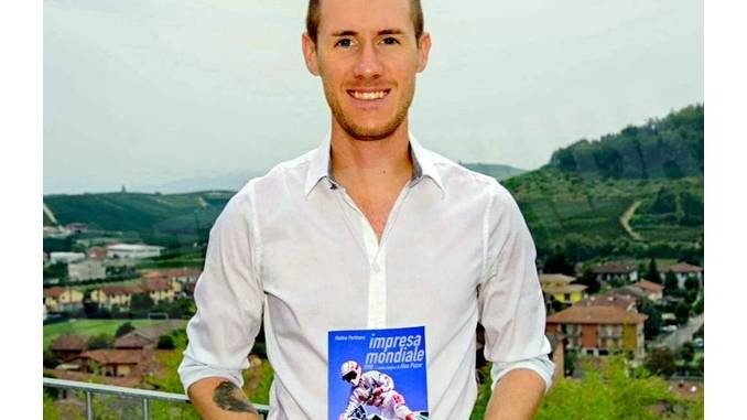 Venerdì 9 ad Alba la presentazione del libro sull'iridato di motocross Alex Puzar