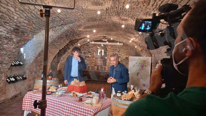 Ad agosto Tv 2000 trasmetterà una puntata su Dogliani