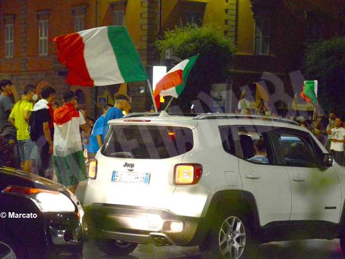 alba-festeggiamenti-dopo-italia-spagna2