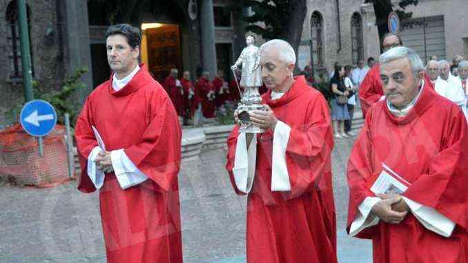L'appello di Brunetti alla città: «San Lorenzo ci aiuti tutti a vedere nei poveri il nostro tesoro»