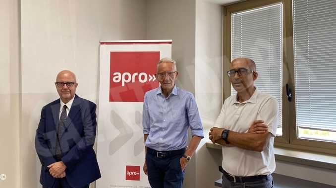 Il banchiere e saggista Beppe Ghisolfi in visita all'Apro