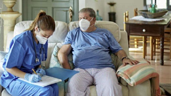 Sanità Piemonte, la Regione approva le linee di indirizzo per gli infermieri di famiglia e di comunità