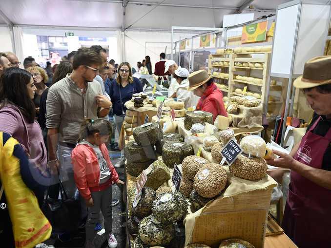 Carlo Petrini: «Il territorio  e il cibo sono beni comuni»