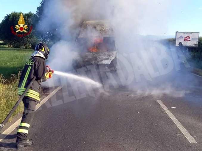 incendio furgone saluzzo