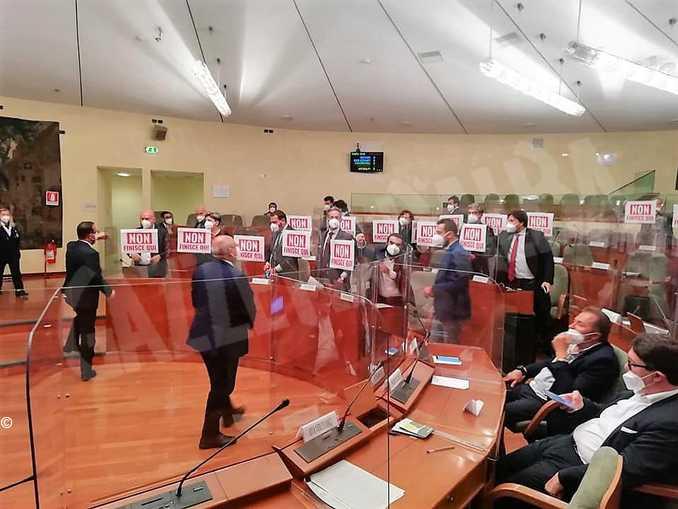 legge-regionale-azzardo-protesta-opposione