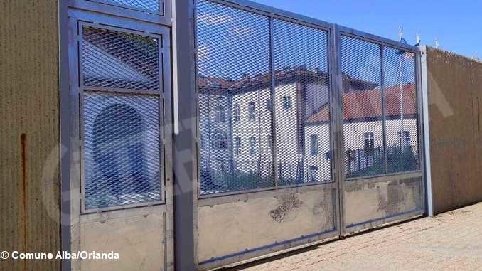 Bando distruzione: si vota per abbattere il muro dell'ex caserma Govone 4